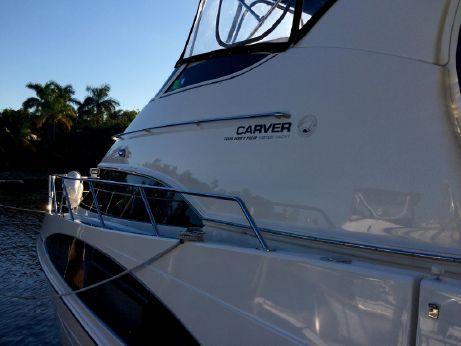 2004 Carver 444 ES Cockpit Motor Yacht