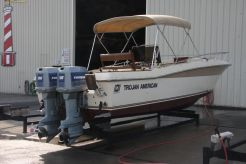 1984 Trojan 26-CF Cuddy Cabin CC
