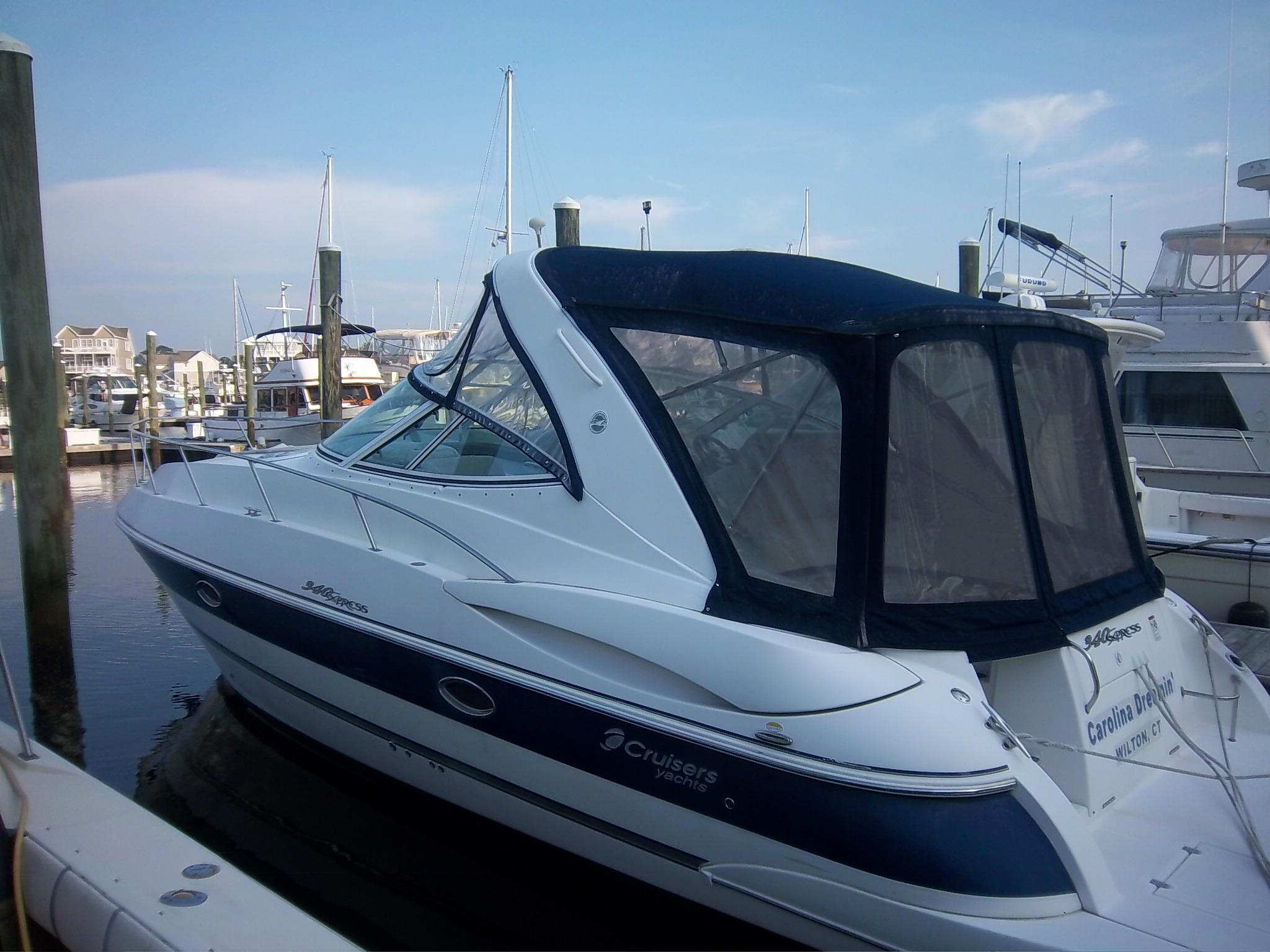 34 ft 2007 cruisers 340 express cruisers