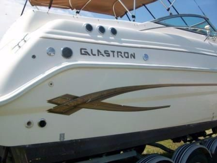 2004 Glastron GS 279