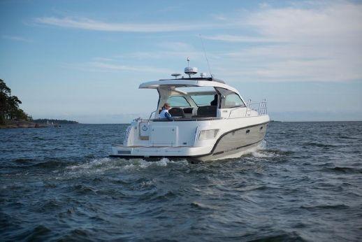 2016 Aquador 35 ST