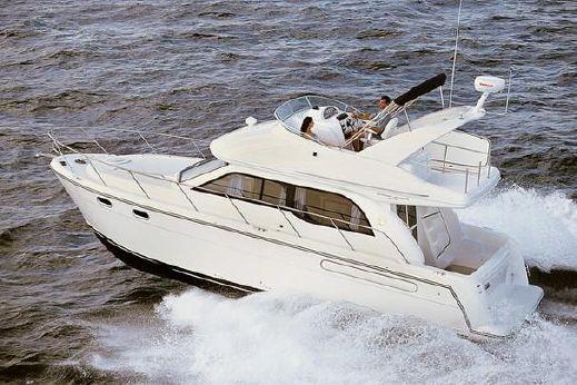 2001 Bayliner 3488 Command Bridge Motoryacht
