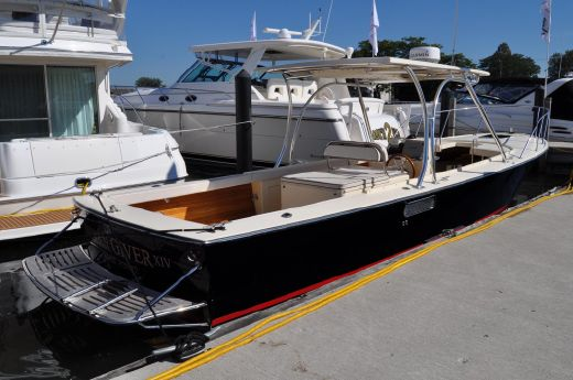 2009 Dorado 30 Custom Launch
