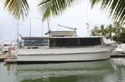 1981 Carvel Bridge Deck Cruiser 51