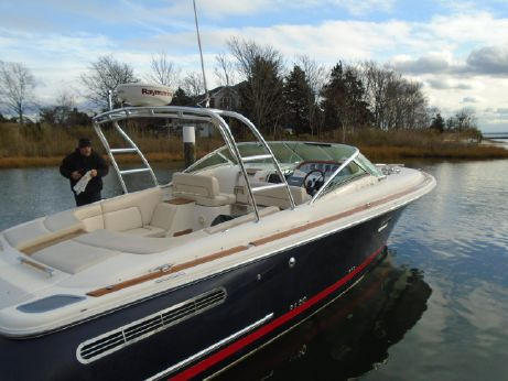 2006 Chris-Craft 33 Corsair