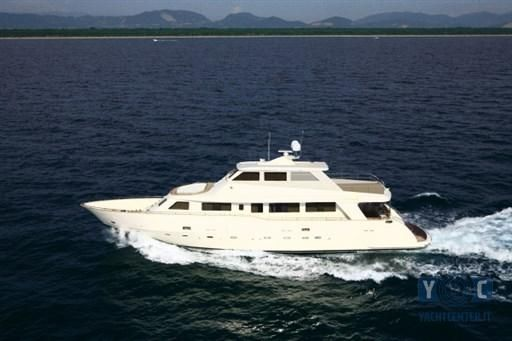 2009 Gianetti Star Navetta 85 3 Deck