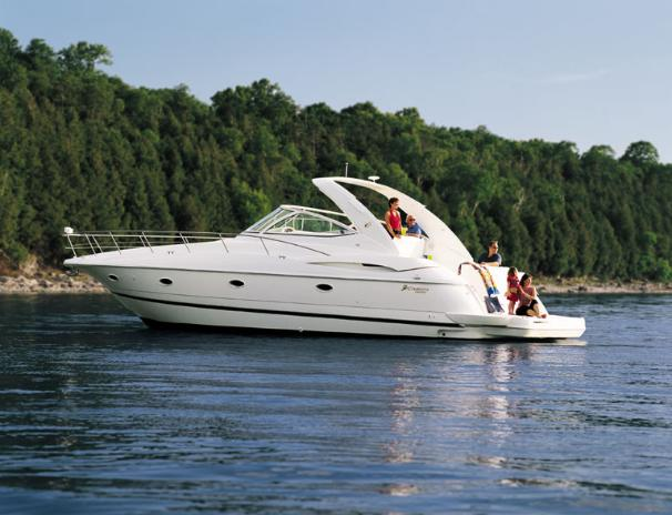 2004 cruisers yachts 400 express power boat for sale