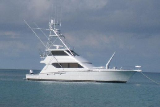 2003 Hatteras Enclosed FB Sportfish