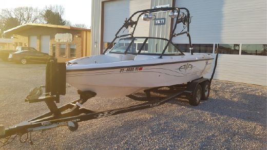 2003 Correct Craft Super Air Nautique TE