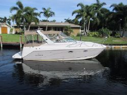 photo of  Rinker 270 CR