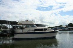 1983 Chris-Craft 410 Commander Yacht