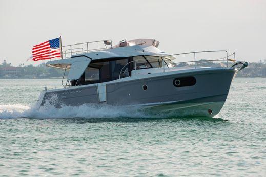 2017 Beneteau Usa Swift Trawler 30