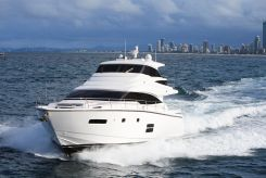 2019 Johnson 70 Motor Yacht Sky-Lounge
