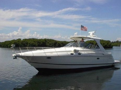 2003 Cruisers 3870 Express