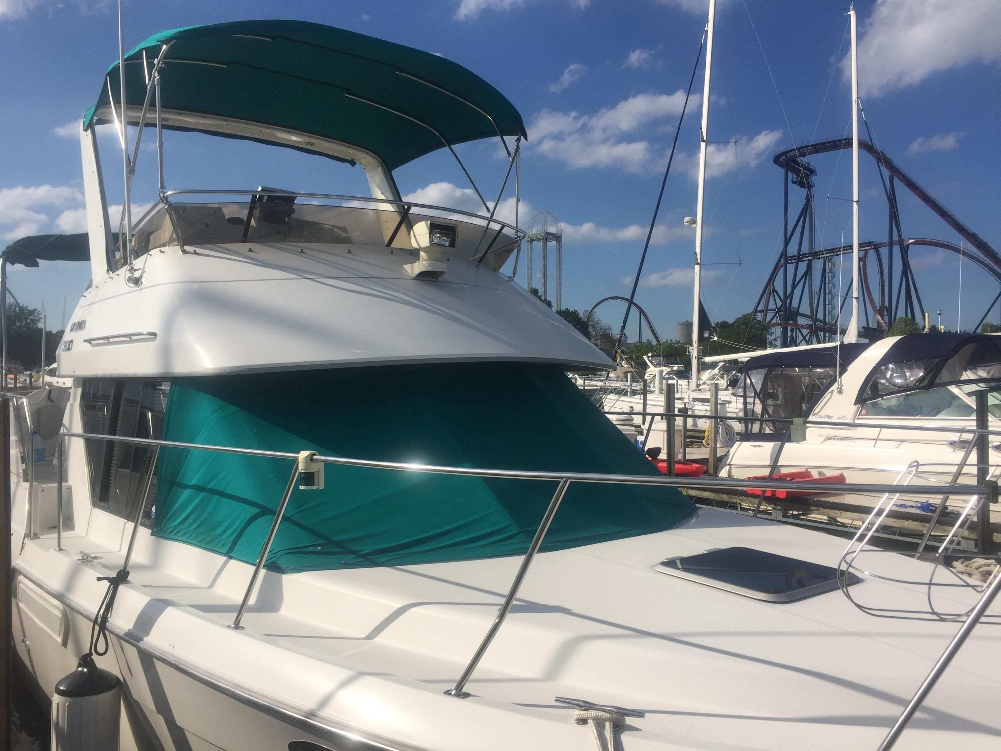 1993 carver 300 aft cabin motor yacht power boat for sale for Carver aft cabin motor yacht