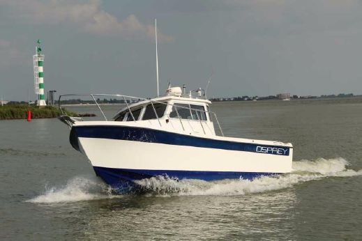 2002 Osprey Pilothouse 24 Fisherman