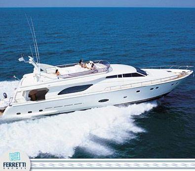 2003 Ferretti Yachts 810