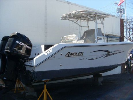 2007 Angler 2700 CC