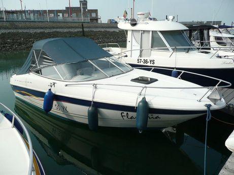 2001 Bayliner 2352 Capri DX/LX