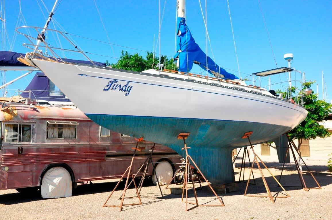 36' Islander Sloop+Boat for sale!
