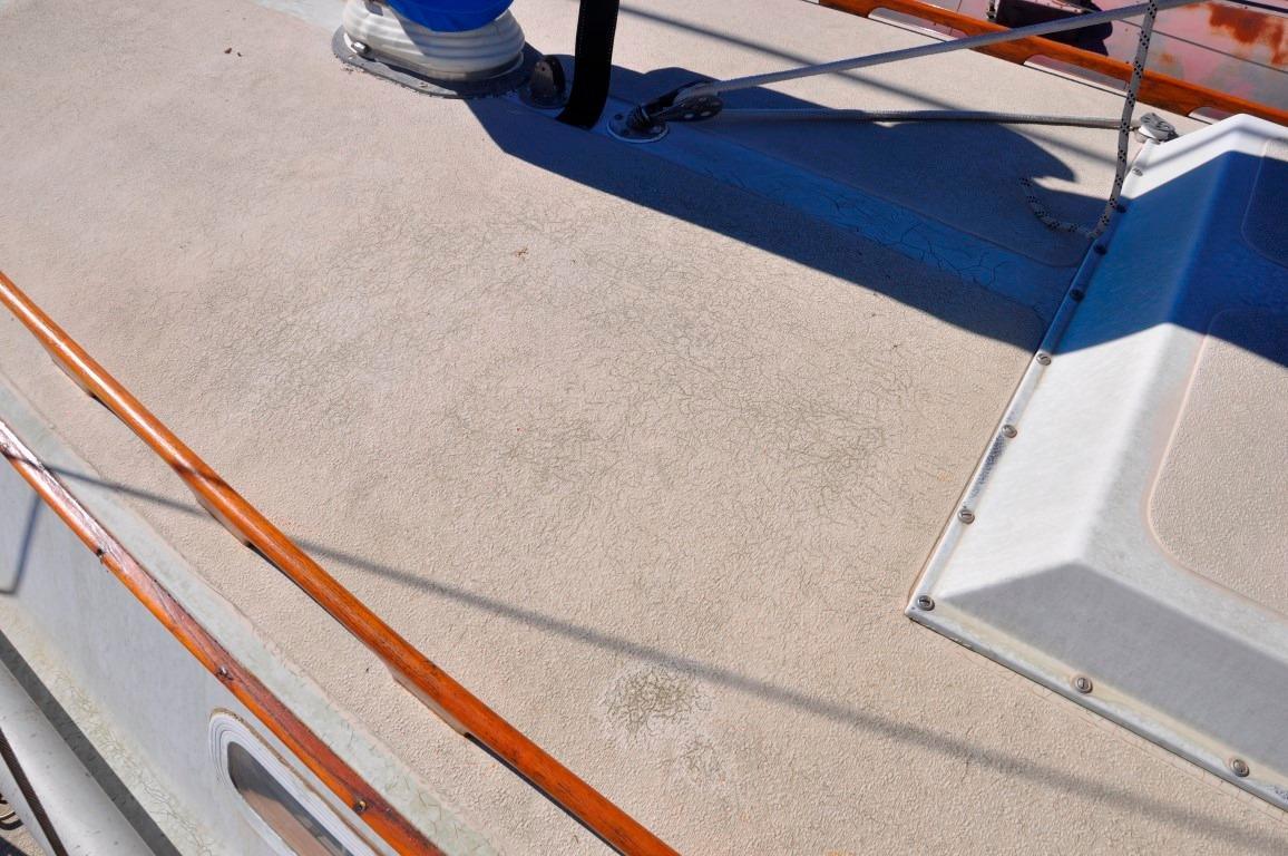 36' Islander Sloop+Photo 24