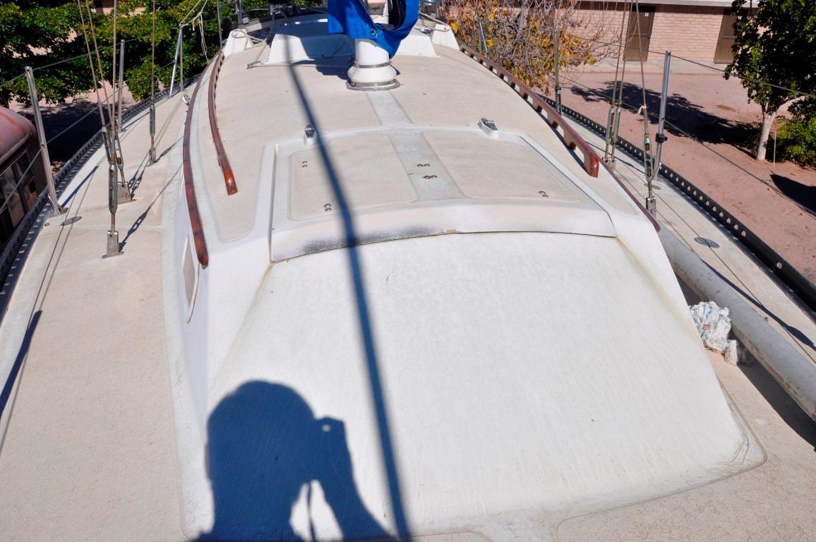 36' Islander Sloop+Photo 26