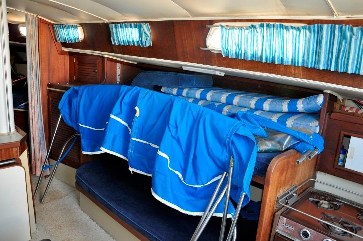36' Islander Sloop+Photo 23