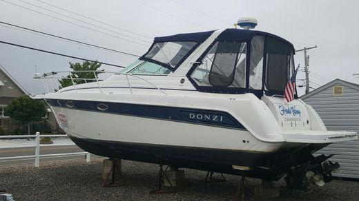 2002 Donzi 3250 LXC