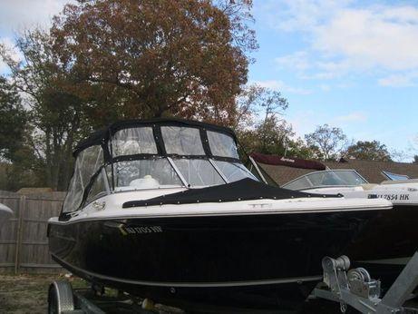 2013 Sea Hunt 211 ESCAPE
