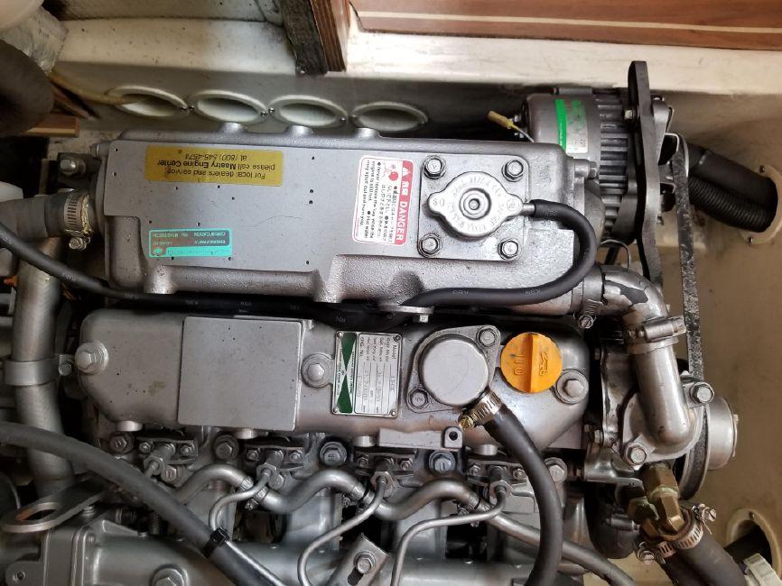 Hunter 426 Sailboat Engine