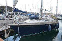 2000 Westerly Oceanquest 35