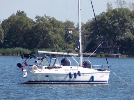 2006 Hunter 33