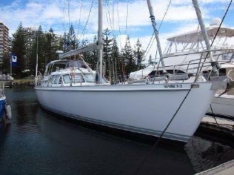 2001 Custom-Craft 55 Cruising Yacht
