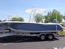 2015 Tidewater 220 Center Console