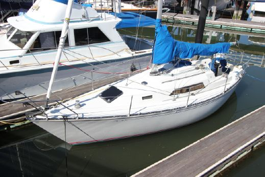1985 C&C 29  Mk II sloop