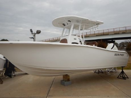 2018 Sea Pro 239 Deep V CC