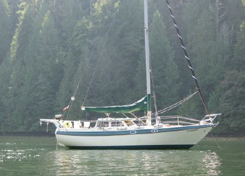 1985 Gulf 32 Pilothouse