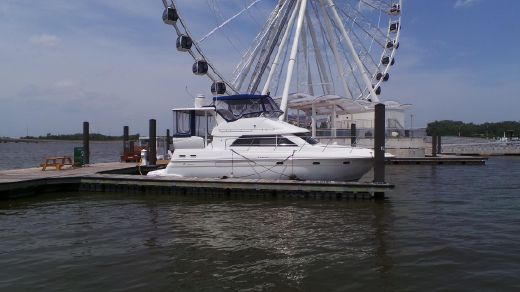 2001 Cruisers Yachts 3750