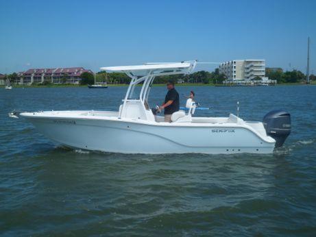 2015 Sea Fox 246 Commander