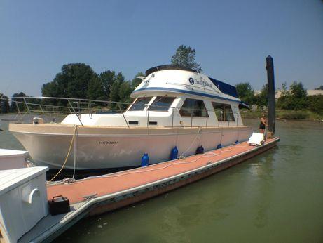 1981 Canoe Cove 41 Sedan