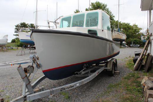 2006 Downeast Lobster Boat