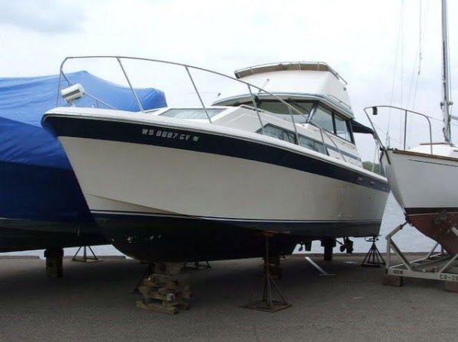 31 ft 1980 chris craft 310 catalina