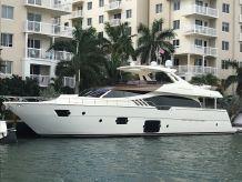 2014 Ferretti Yachts 870
