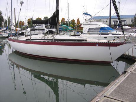 1974 Ericson 37