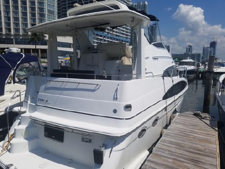 2001 Carver Yachts 396