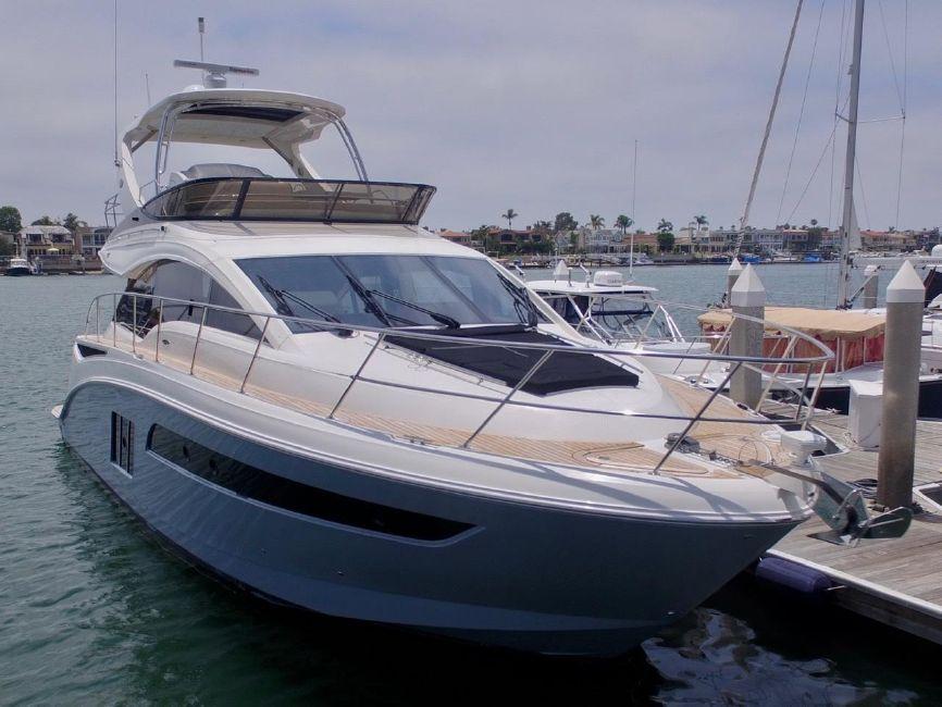 Sea Ray 510 Flybridge Yacht for sale in Newport Beach CA
