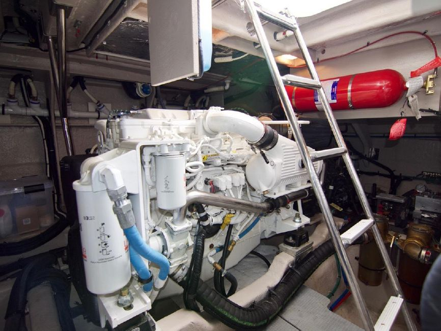 2016 Sea Ray 510 Fly Diesel Engine