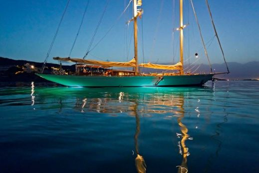 2017 Mengi Yay Sailing 42m