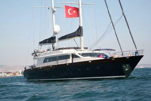 2018 Mengi Yay Sailing 35M