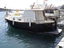 2010 Menorquin 100